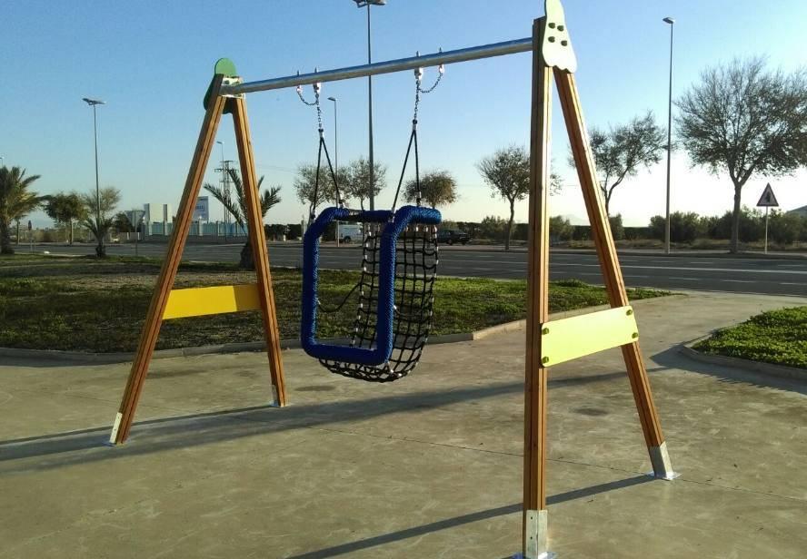 Columpio adaptado cesta for Columpios infantiles