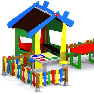 Parque infantil para guarderías. Conjunto Casita Pirineo