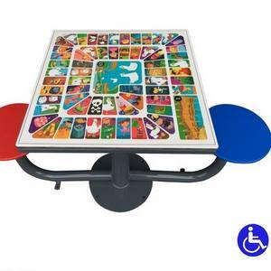 Juegos de mesa exterior adaptados para parques inclusivos