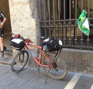 Mixed Camino: cycling & walking from Pamplona to Santiago
