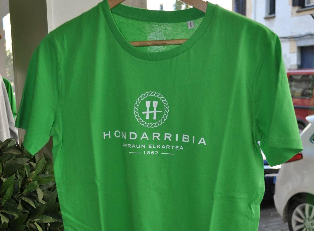 Camiseta Verde de Chico Logo frontal
