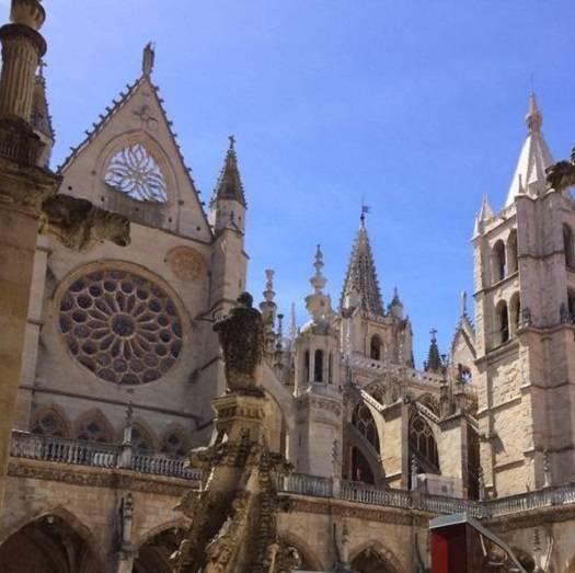 Il Cammino francese da León a Santiago di Compostela, 16 giorni/15 notti