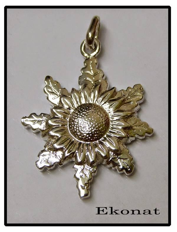 10cdcf3561e9 Colgante de plata de ley de eguzkilore pesado