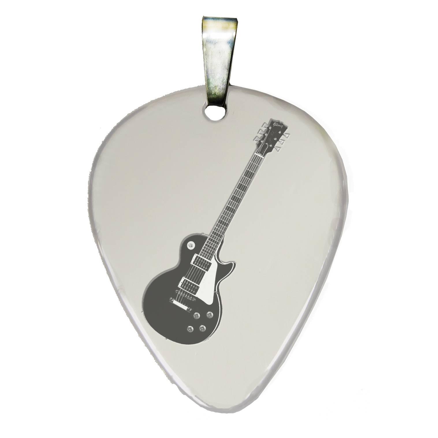 púa de guitarra con guitarra4